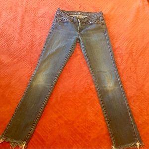 7FAM Jeans 👖